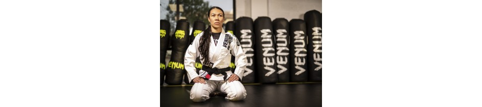 Karate | Karate Anzüge & Gürtel | Fightstuff24